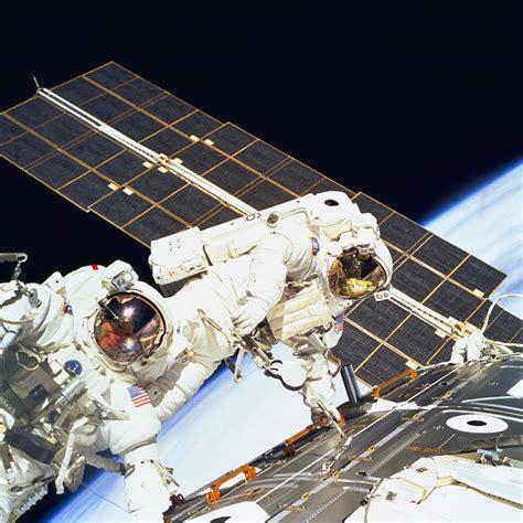 first spacewalk the international space station nasa