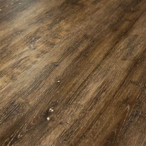 can vinyl flooring be used on a boat