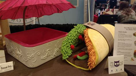 taco cat bed dogtails