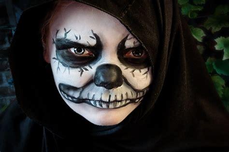 vorlagen totenkopf make up schminktipps vir totenkopf hexe