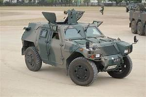 Komatsu LAV Light armored vehicle | MILITARY HARDWARE ...