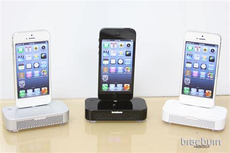 iphone dock braeburn acoustics iphone 5 charging dock lightning