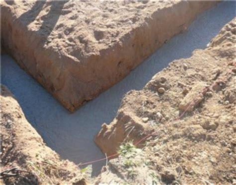Zementmörtel Als Fundament by Impr 228 Gnieren Beschichten Fundament F 252 R Schalsteine