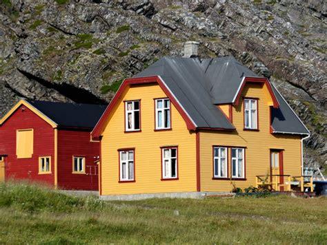 Immobilien In Norwegen Ein Kleines Haus Am Meer Kaufen?