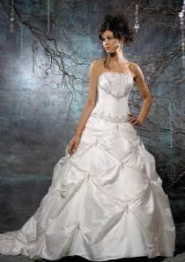 beautiful lace wedding dresses beautiful strapless wedding gowns bridal wears