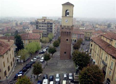 Unieuro Pavia by Stradella Arrestato Dipendente Rubava Soldi Al Comune