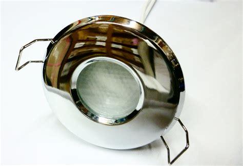 Sealed Bathroom Lights by 240v 11w Sealed Bathroom Light