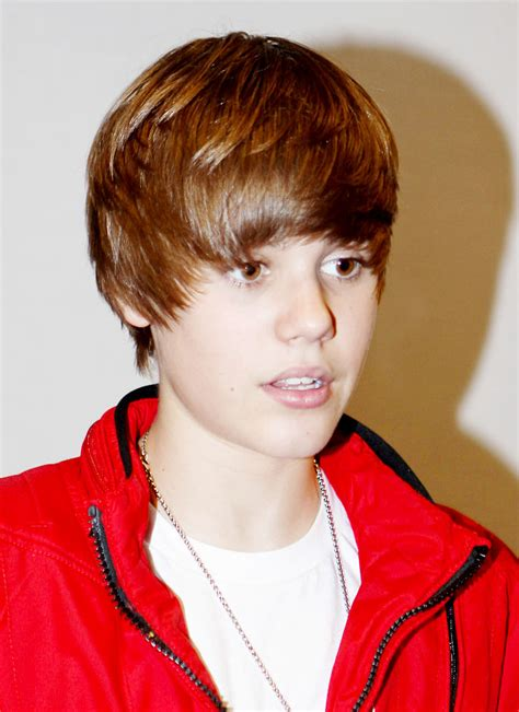 "Justin Bieber's Sweet 16 Party ""may Involve Death Risk"""