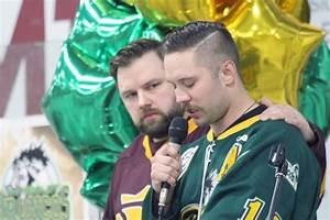 VIDEO: Castlegar hosts emotional vigil for Humboldt ...