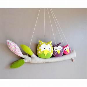 Mobile Pour Bébé : mobile fait main avec des chouettes perch es sur leur branche pour d corer la chambre de ~ Teatrodelosmanantiales.com Idées de Décoration