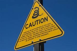 File Caution  Rattlesnakes  Sign  Jpg