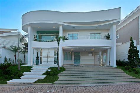 90 Fachadas de Sobrados Modernos: Projetos Incríveis!