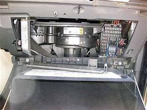 Land Rover Defender Fuse Box Location