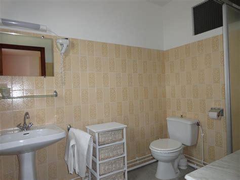 chambres d hotes lot 46 chambre d 39 hôtes n 46g2505 auberge le gouzou à montet et