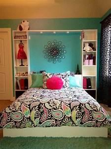 Tweenroomcolorthemes the great tween girl bedroom for Room designs for tweens