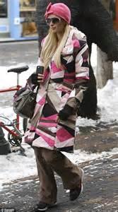 Jet Set Paris : paris hilton the snow bunny wraps up in a pink pucci coat as she hits the shops not the slopes ~ Medecine-chirurgie-esthetiques.com Avis de Voitures