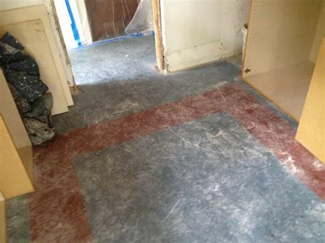 Improvement & How To : How to Removing Linoleum ~ Interior