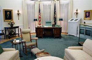 The oval office exhibit in the lbj library is a 7 8th for Where is the oval office