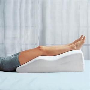 Leg elevation pillows pillow fair for Elevation pillow for feet