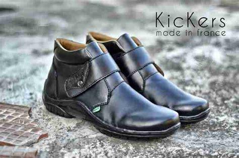 Sepatu Kickers Serty sepatu boot kickers original sepatu pantofel pria