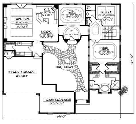 attractive  courtyard leads   enticing  entry plan
