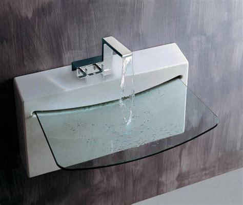 choosing  variety  sinks  small bathroom