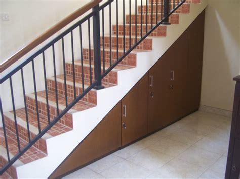 desain tangga minimalis  rumah  lantai modern