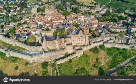 siege of carcassonne översta flygfoto över staden och fästningen carcassonne