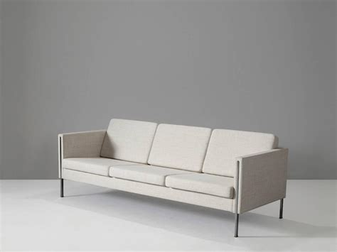 Pierre Paulin Reupholstered 442 Sofa For Artifort For Sale