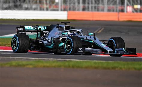 Power recline, height adjustment, cushion extension, fore/aft movement and cushion tilt. F1: 2019 Mercedes-AMG W10 Formula 1 Car Unveiled - CarandBike