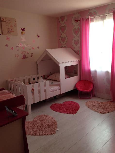 cabane chambre fille le lit cabane dans une chambre de fille