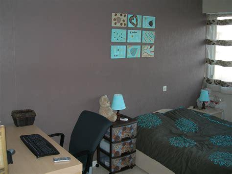 chambre chocolat turquoise décoration chambre turquoise et chocolat