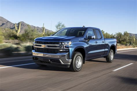 2019 Gmc 4 Cylinder by Small Engine Big Truck 2019 Silverado 4 Cylinder Turbo