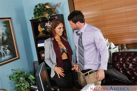 Jasmine Caro Fucking In The Chair With Her Brown Eyes