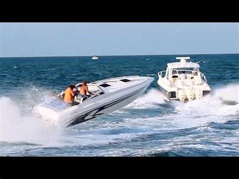 Rc Thrasher Jet Boats For Sale by 100 Offshore Racing Boats Accelerating Doovi