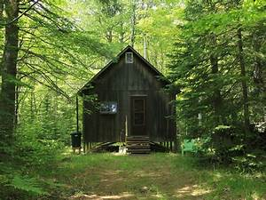 Keweenaw Rustic Cabin on the Gratiot River - Allouez