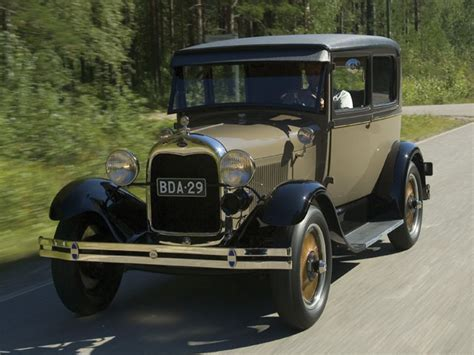 Modernized Ford 1929 Model A Touring Car