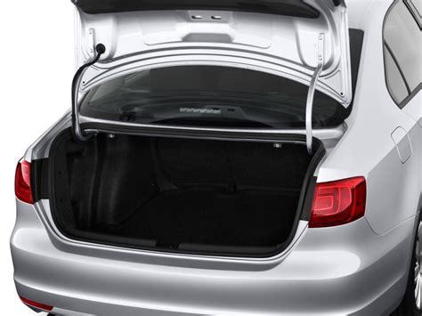 2011 Volkswagen Jetta Sedan 4-door Auto S Trunk