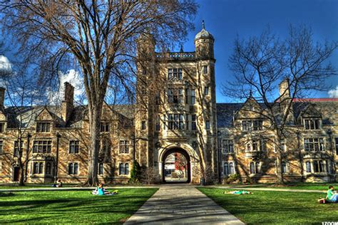 top  richest colleges  endowment  north america