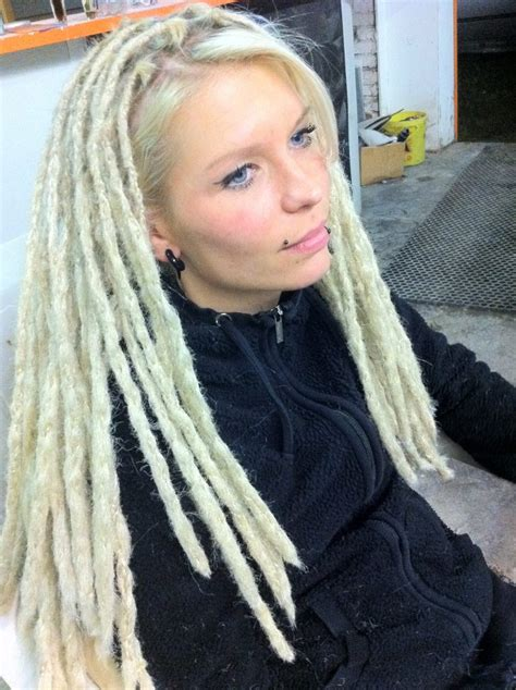 long dread hairstyle hairstylo