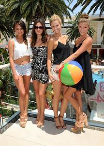 13 NEW PHOTOS! 6 Sports Illustrated Swimsuit Models Go Clubbing u0026 Hit The Pool In Las Vegas! u2190 # ...