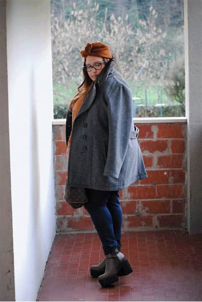 Curvy Camel Outfit Grey Lascio Alle
