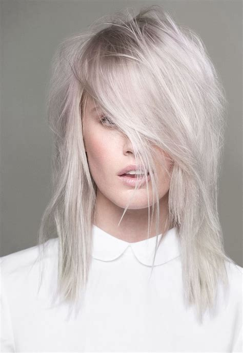 Real Platinum Hair by Get A Platinum Hair Color Dye To Look Seductive