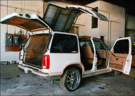 Garbage Garage Limousine by Garage Photos Adsl Required Tv