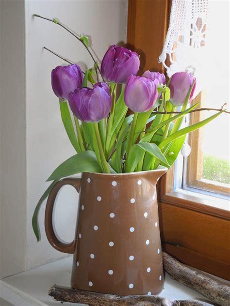 vase für tulpen schmiedegarten tulpen in der vase