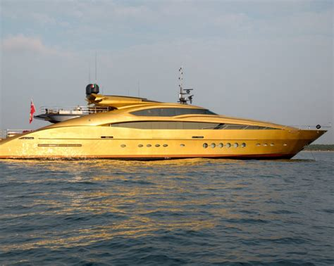 History Supreme Superyacht by Miljonet The Millionaires Joined Network
