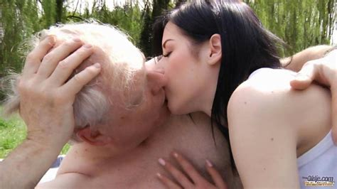 Teen girl fucking old man outddoor to cure sex addiction for older guys on GotPorn