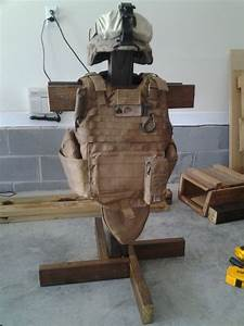 Tactical Gear Tree from a 4x4 and 2x4's. Simple project ...