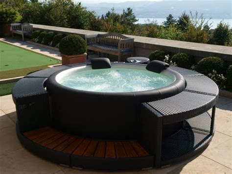 Whirlpool Garten Rattan by The Softub 300 Is Our Most Popular Softub By Far