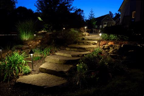 How To Use Landscape Lighting Techniques